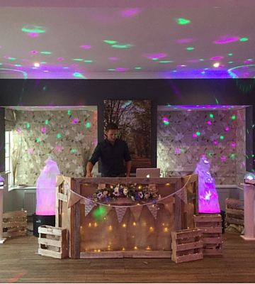 Rustic Theme wedding DJ service