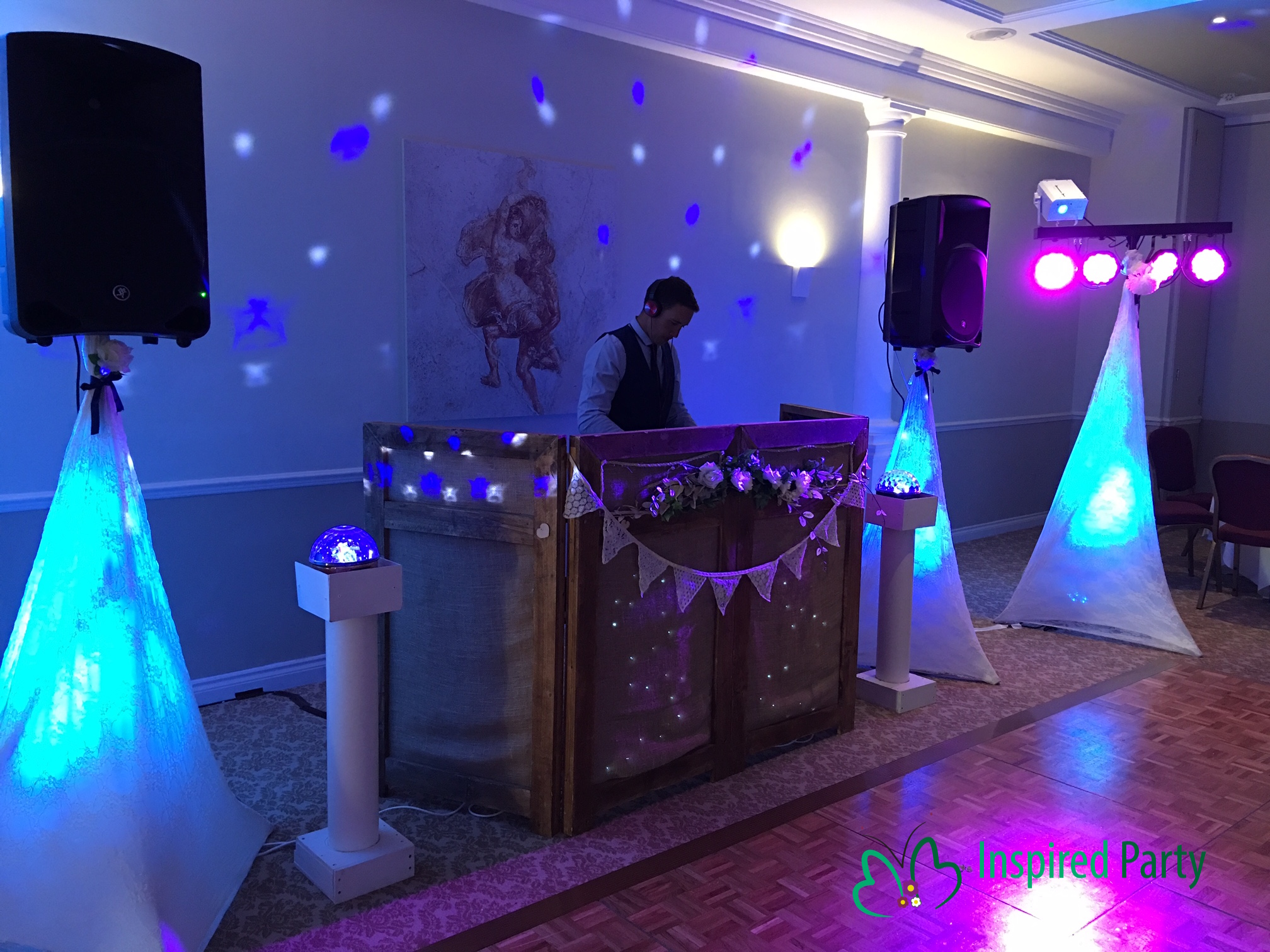Wedding DJ Devon
